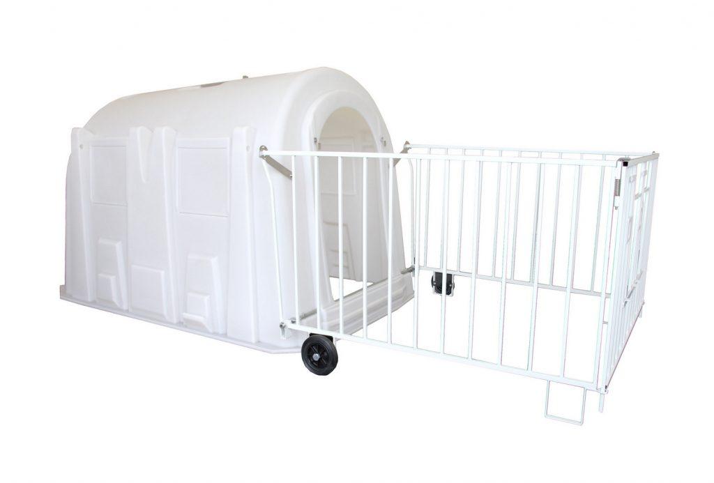 0-8 haftalık  buzağı kulübesi polietilen - tekerlekli